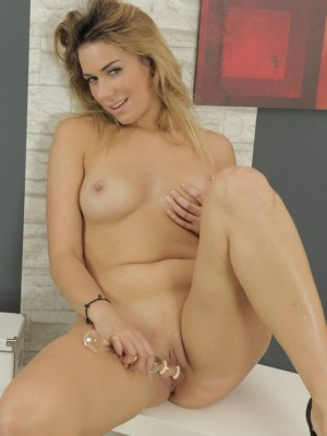 Anna Black